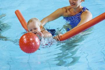Kleinkinderschwimmen 2-3 Jahre